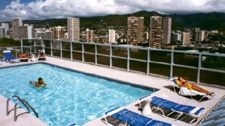444 Nahua Condominium Suites Pool