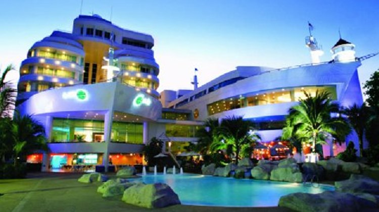 A-ONE The Royal Cruise Hotel Pattaya Exterior