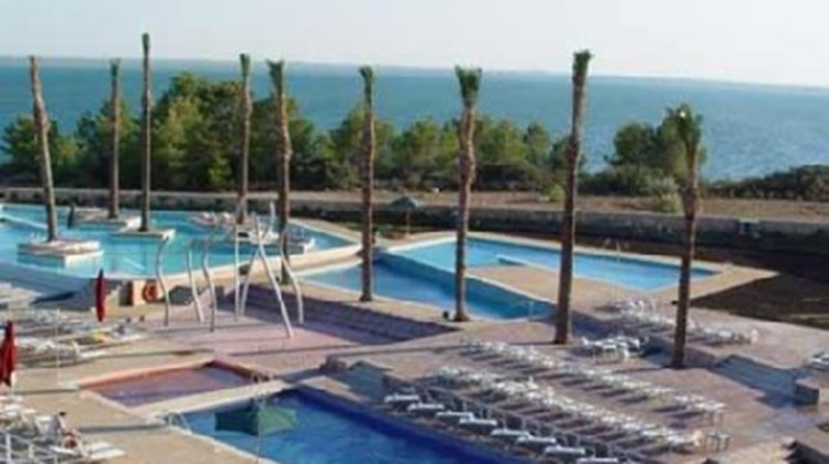 Les Oliveres Beach Resort Hotel Pool