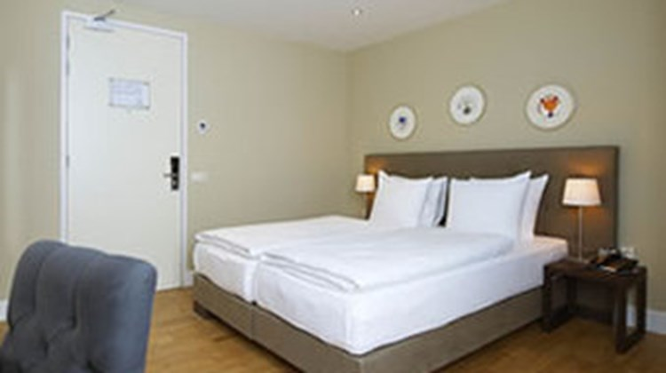 Boutique Hotel Lumiere - Hampshire Class Room