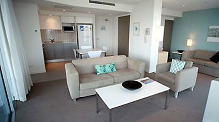 Artique Resort - Surfers Paradise Room