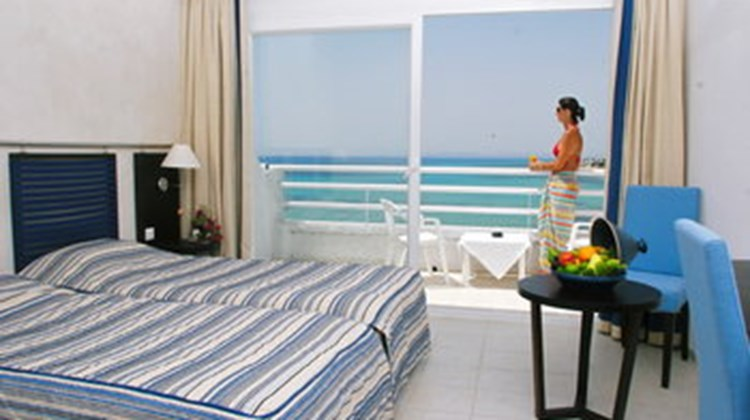 Le Sultan Beach Room