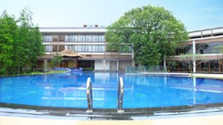Baiyun Lakeside Hotel Pool