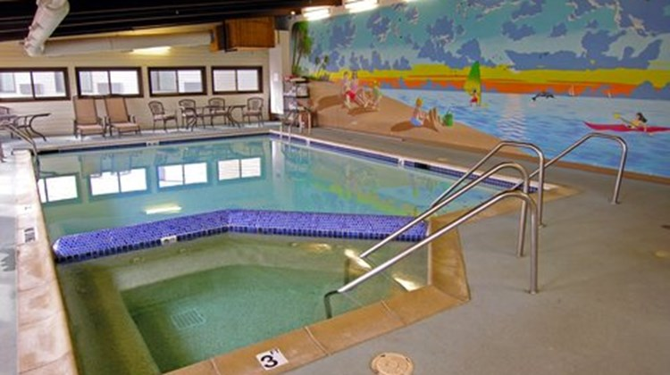 Baraga Lakeside Inn Pool