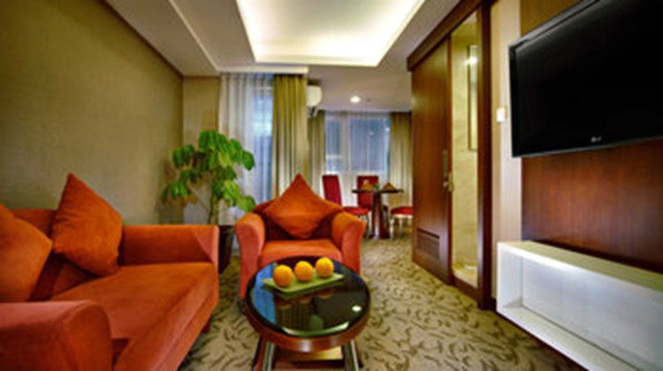Aston Pluit Hotel & Residence Suite