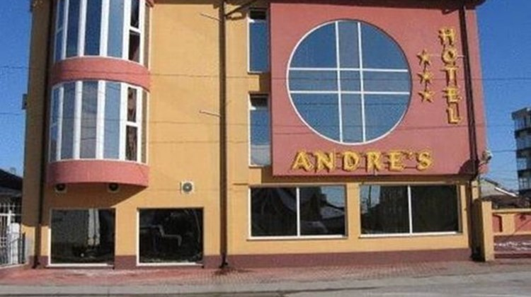 Andres Hotel Exterior