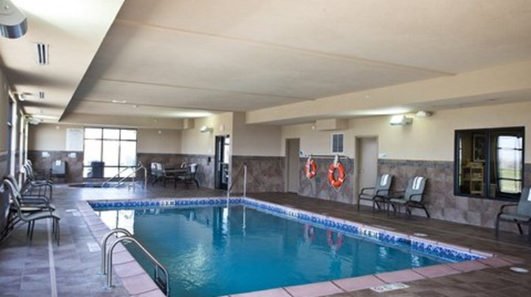 Holiday Inn Express And Suites Urbandale Tourist Class Urbandale Ia Hotels Gds Reservation