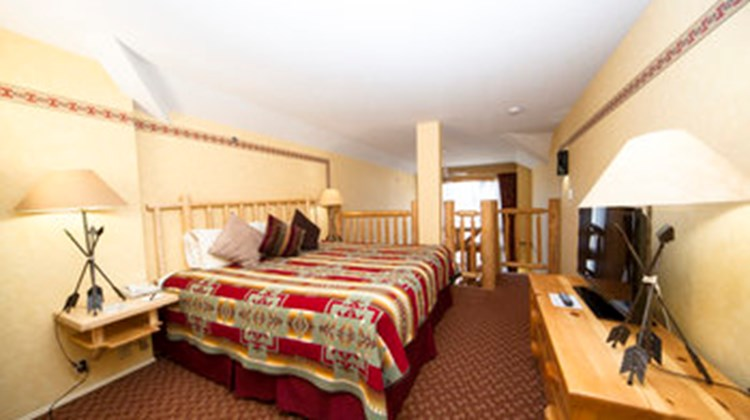 Brewster's Mountain Lodge Suite