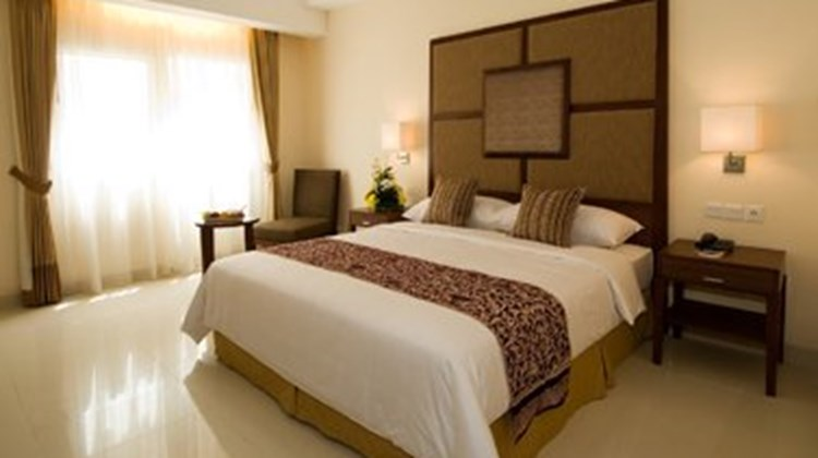 Aston Manado City Room