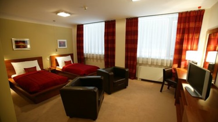 Aston Business Hotel Room