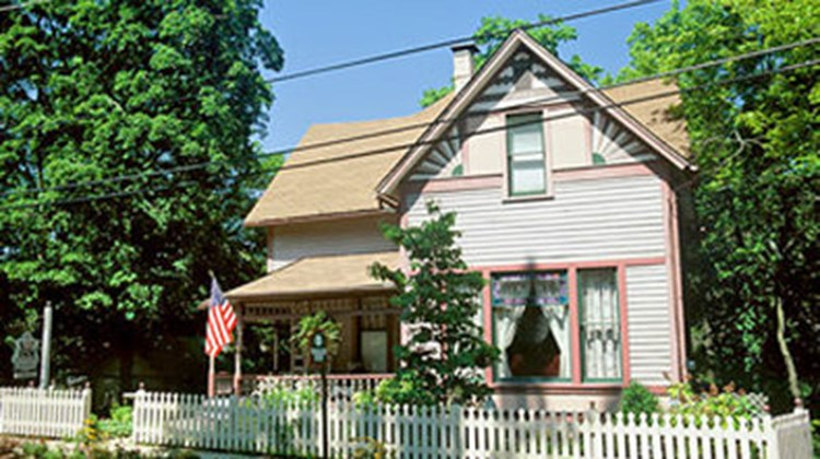 5 Ojo Inn Bed & Breakfast Exterior