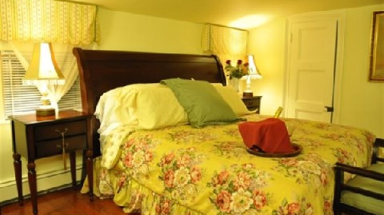 Arbor View House Bed & Breakfast Suite
