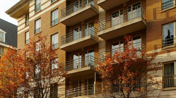 Marriott Exec Apts European Quarters Exterior