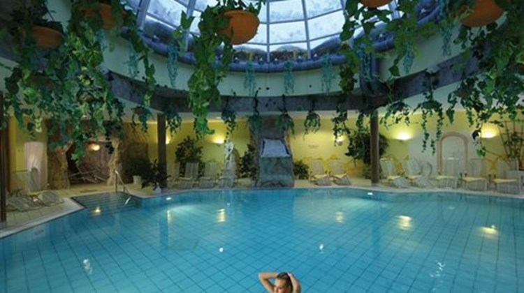 Auerhahn Wellnesshotel Pool