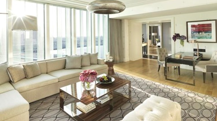 Four Seasons Abu Dhabi Suite