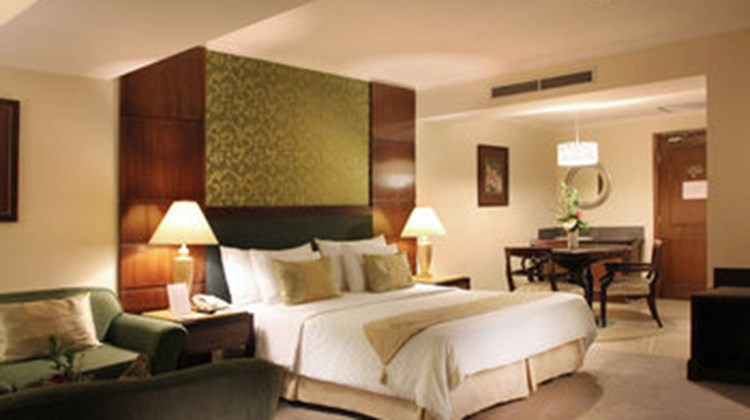 Aston Tropicana Hotel & Plaza Suite