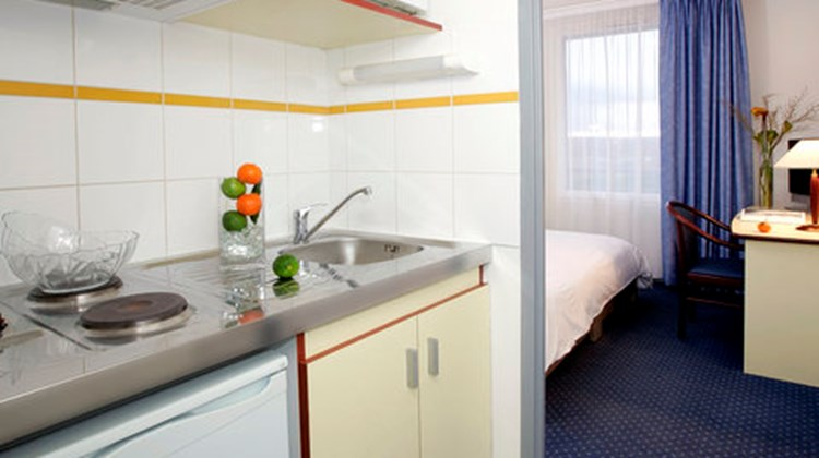 Appart'City Toulouse Labege Room