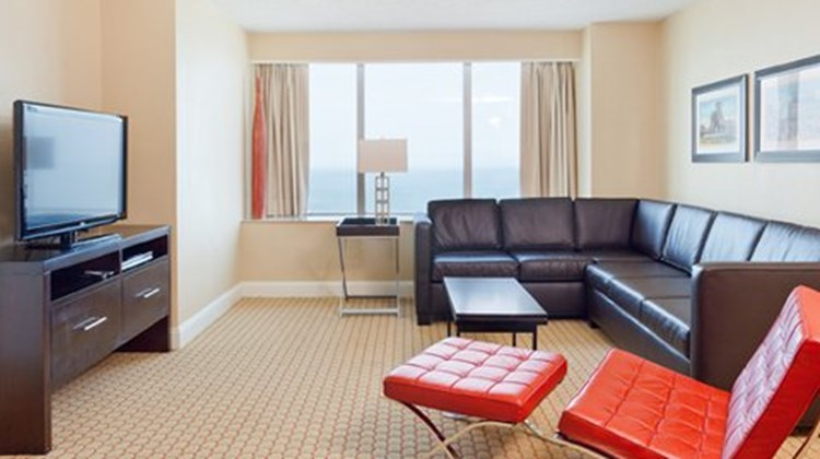 Atlantic Palace Suites Hotel Suite