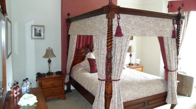 Meadowsweet Hotel Room