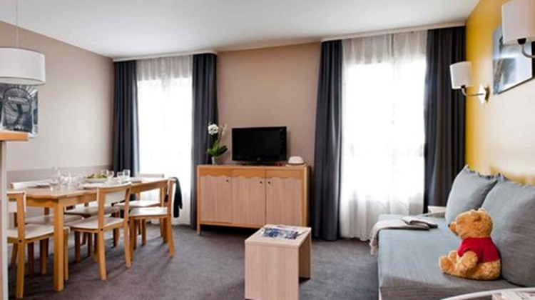 Adagio aparthotel val d 39 europe first class marne la for Hotel adagio londres