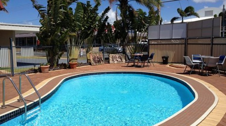 Main Street Motel Pool