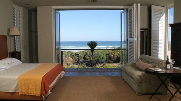 Mosselberg on Grotto Beach Room