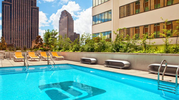 aloft New Orleans Downtown Pool