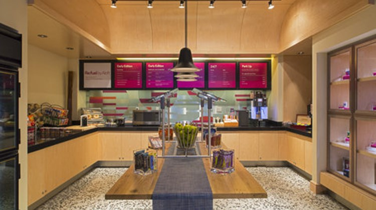 aloft New Orleans Downtown Restaurant