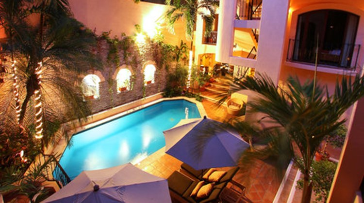 Acanto Hotel & Suites Pool