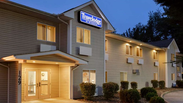 "Travelodge Comfort Exterior. Images powered by <a href=""http://web.iceportal.com""  target=""_blank"">Ice Portal</a>."