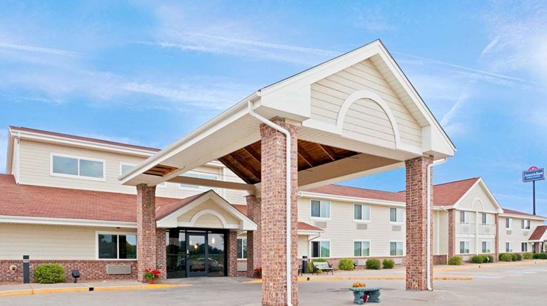 Americinn Lodge And Suites Manitowoc Exterior Images Ed By A Href Http