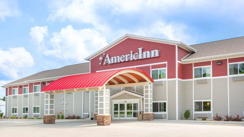 "AmericInn by Wyndham Humboldt Exterior. Images powered by <a href=""http://web.iceportal.com""  target=""_blank"">Ice Portal</a>."