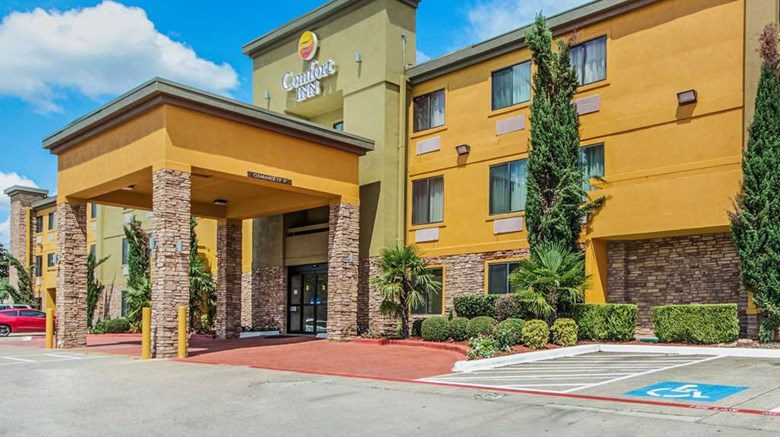 Comfort Inn North Dallas Exterior Images Ed By A Href Http