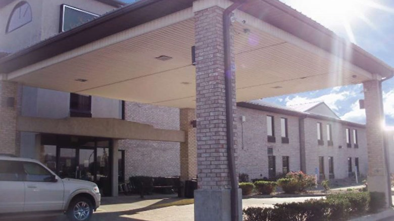 "Quality Inn & Suites Grayson Exterior. Images powered by <a href=""http://web.iceportal.com""  target=""_blank"">Ice Portal</a>."