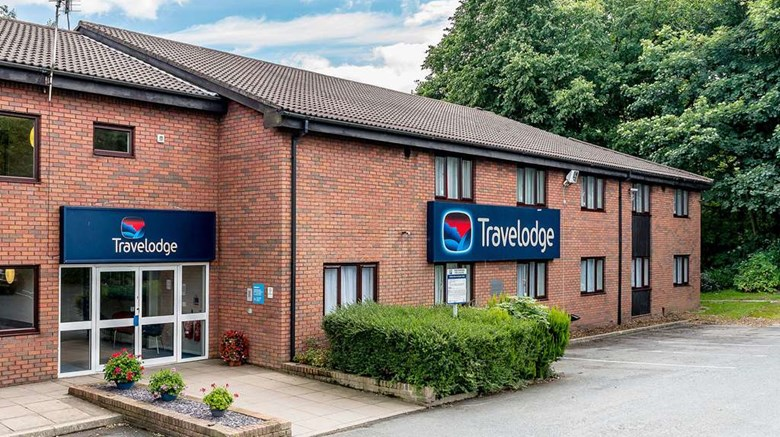 "Travelodge Birmingham Hilton Park M6 S Exterior. Images powered by <a href=""http://web.iceportal.com""  target=""_blank"">Ice Portal</a>."