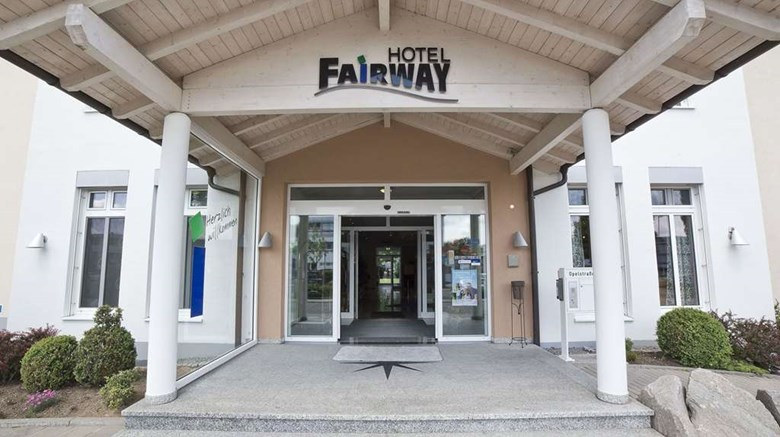 "Fairway Hotel Exterior. Images powered by <a href=""http://web.iceportal.com""  target=""_blank"">Ice Portal</a>."
