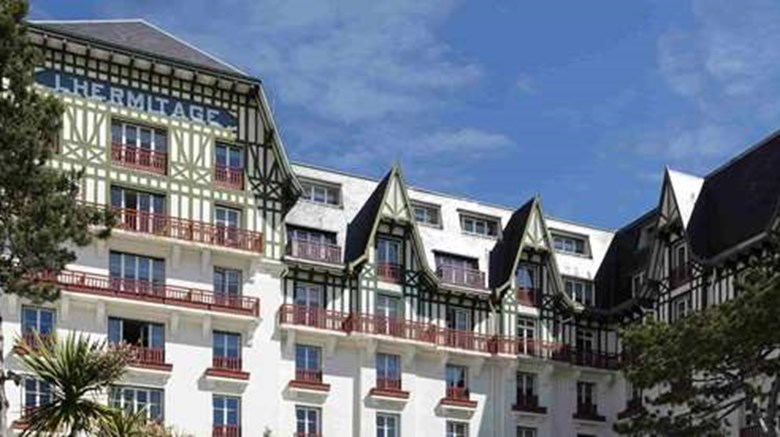 "Hotel Hermitage Barriere Exterior. Images powered by <a href=""http://web.iceportal.com""  target=""_blank"">Ice Portal</a>."