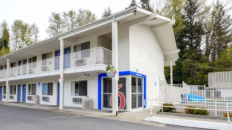 Motel 6 Kelso Mt St Helens Exterior Images Ed By A Href