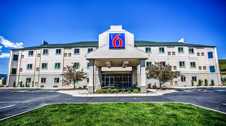 "Motel 6 Missoula Exterior. Images powered by <a href=""http://web.iceportal.com""  target=""_blank"">Ice Portal</a>."