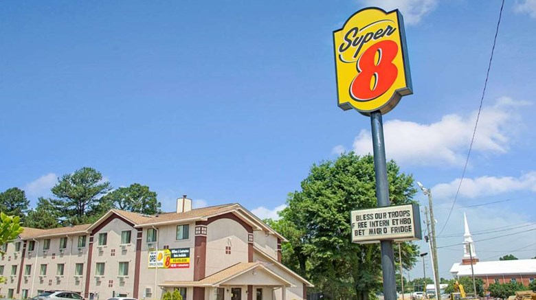 Super 8 Spring Lake Fort Bragg Exterior Images Ed By A Href