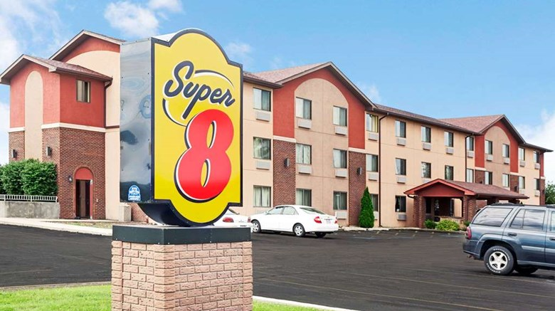 Super 8 Romeoville Bolingbrook Exterior Images Ed By A Href Http