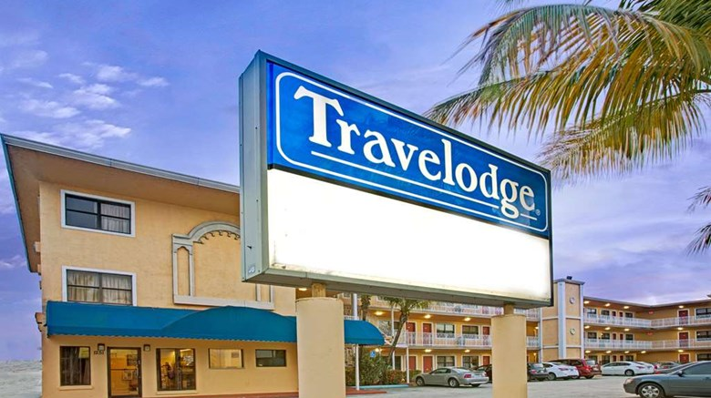 "Travelodge Fort Lauderdale Exterior. Images powered by <a href=""http://web.iceportal.com""  target=""_blank"">Ice Portal</a>."