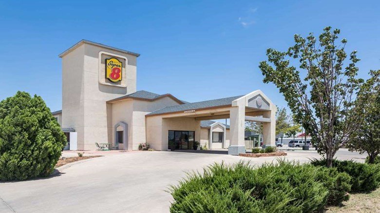 "Super 8 Midland Exterior. Images powered by <a href=""http://web.iceportal.com""  target=""_blank"">Ice Portal</a>."