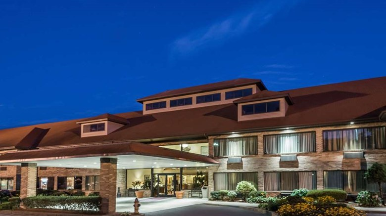 "Ramada Middletown Exterior. Images powered by <a href=""http://web.iceportal.com""  target=""_blank"">Ice Portal</a>."