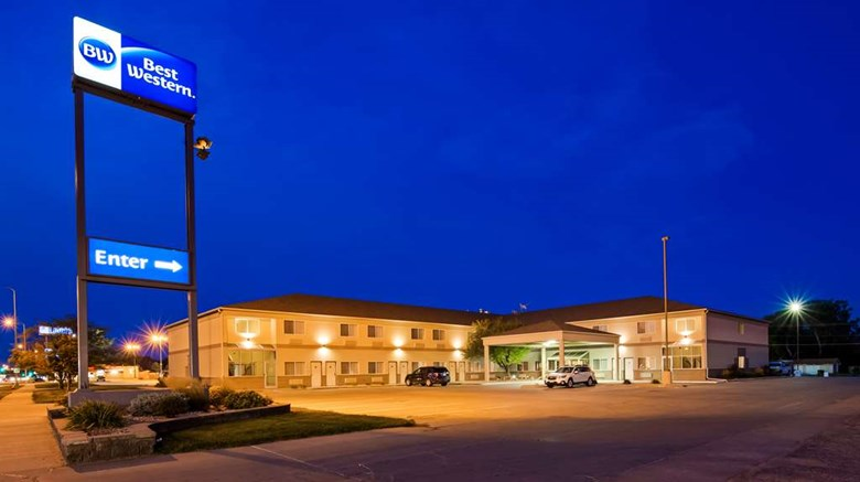 "Best Western of Huron Exterior. Images powered by <a href=""http://web.iceportal.com""  target=""_blank"">Ice Portal</a>."