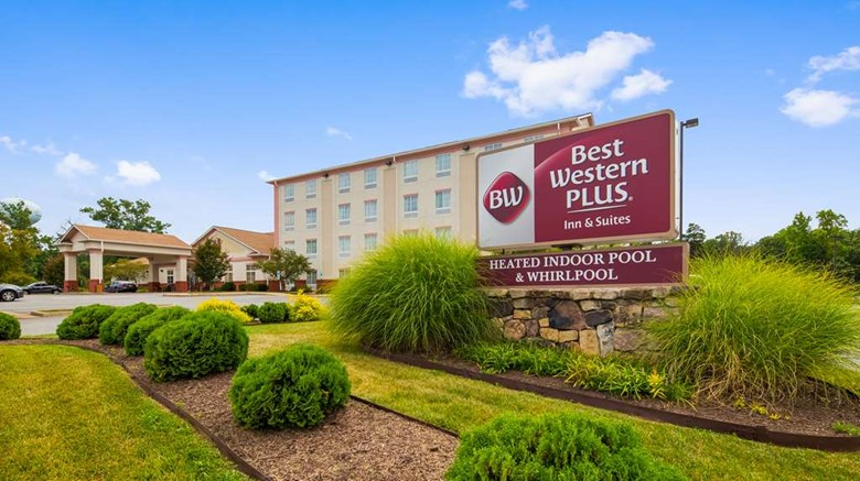 Best Western Plus Crossroads Inn Suite Exterior Images Ed By A Href