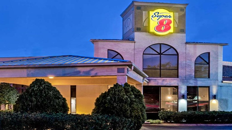 Super 8 Huntersville Charlotte Area Exterior Images Ed By A Href