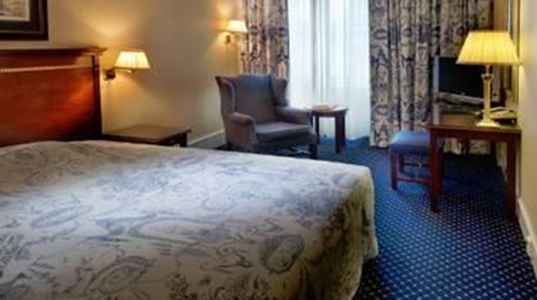 "Grand Hotel Oslo Room. Images powered by <a href=""http://web.iceportal.com""  target=""_blank"">Ice Portal</a>."