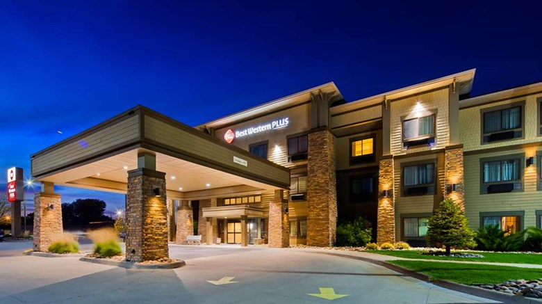 Best Western Plus Grand Island Inn Stes Exterior Images Ed By A Href