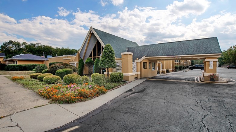 "Americas Best Value Inn, Whippany Exterior. Images powered by <a href=""http://web.iceportal.com""  target=""_blank"">Ice Portal</a>."